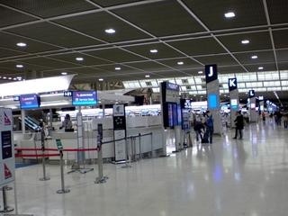 成田ターミナル2出発ロビー