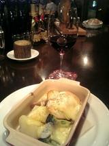 ラクレットチーズと赤ワイン@ポプーレ