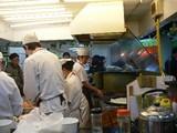 小揚生煎館厨房