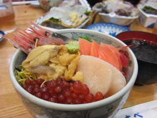 朝市五色丼@馬子とやすべ