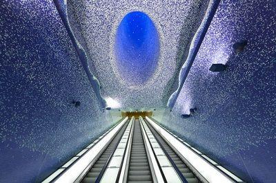 Napoli-Metro-Station8-640x427