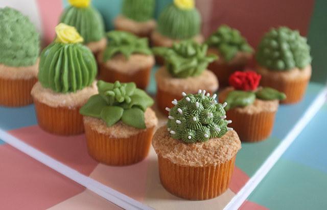 cacti-cupcakes-3