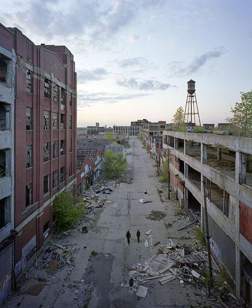 the-ruins-of-detroit-packard-motors