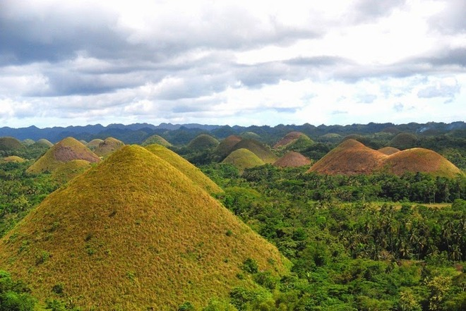 chocolate-hills-bohol-6[6]
