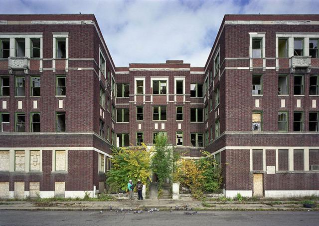 the-ruins-of-detroit-rich-dex-apartments