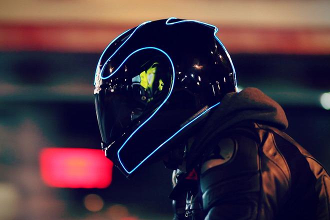LightMode-Electroluminescent-Motorcycle-Helmets-1