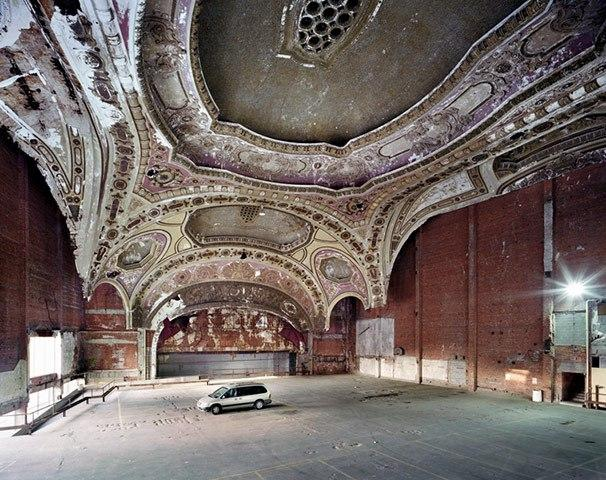 the-ruins-of-detroit-michigan-theater-transformed-in-parking