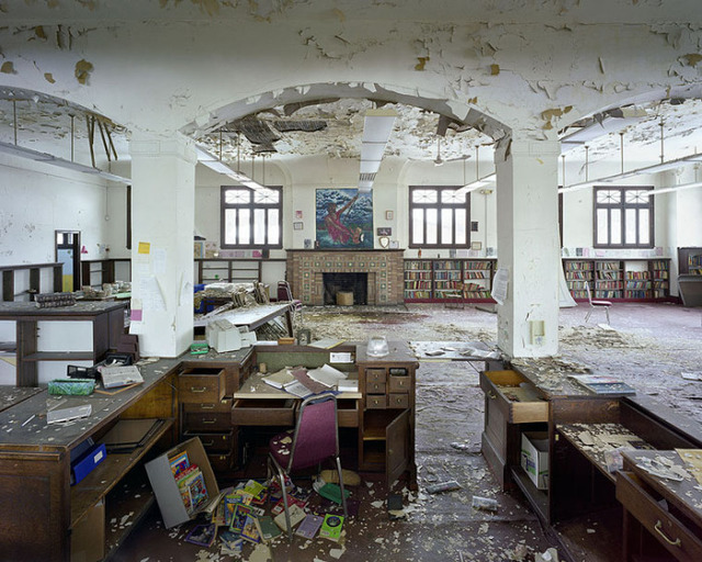 the-ruins-of-detroit-st-christopher-house-public-library