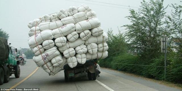 overloaded-vehicles-china-11[6]