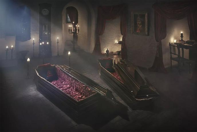 Airbnb-Dracula-Transylvanian-Castle-00