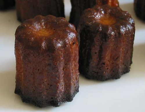 Mini_canneles_bordelais_zoom