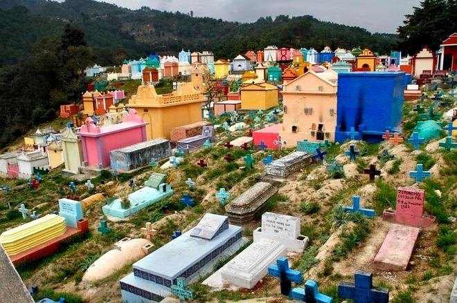 chichicastenango-cemetery-9[6]