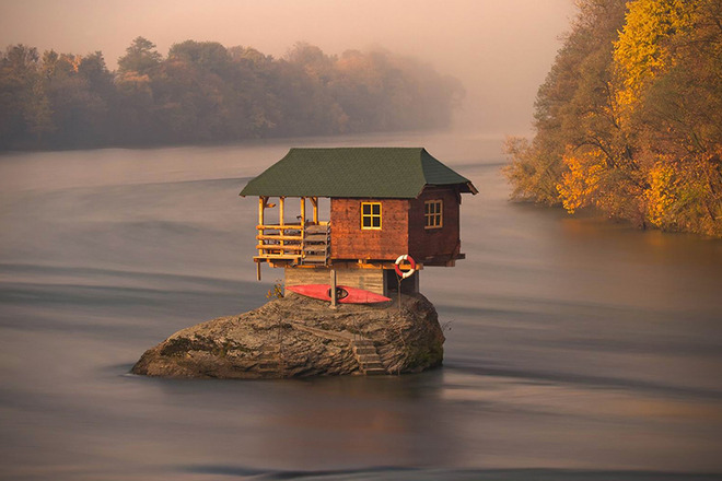 The-River-House-in-Serbia-1
