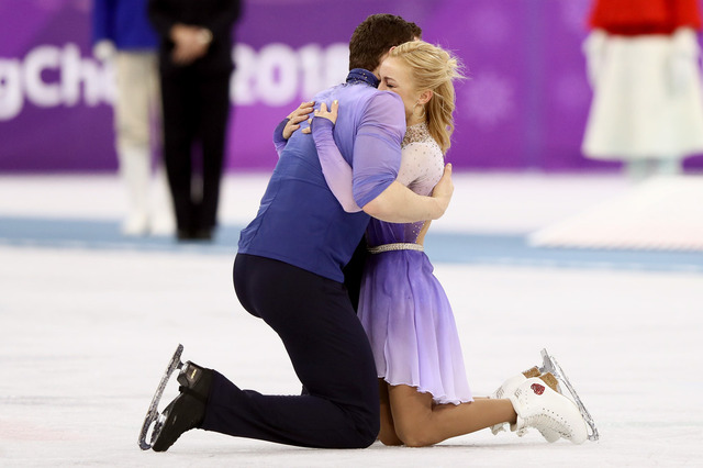 Figure+Skating+Winter+Olympics+Day+6+QwqnNbbsenUx