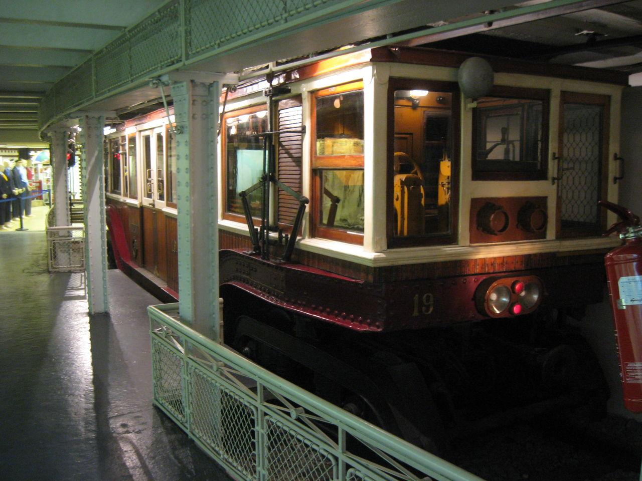 ブダペスト地下鉄の画像 p1_26