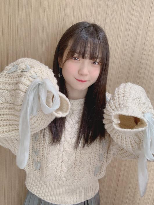 SKE坂本真凛ちゃんの萌え袖(?)が可愛い!