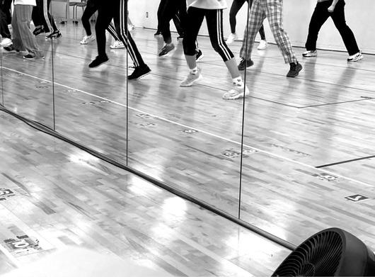 SKE48公式「色んな想いの中で、ひとつひとつの公演を成功させるために、メンバーは連日レッスンに励んでいます。」