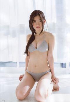 NMB 上西恵 Fカップおっぱい1234 (3)