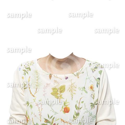 C133-遺影素材-花柄の服