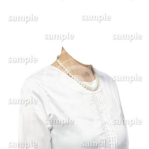 C110-遺影素材-女性白の着せ替え