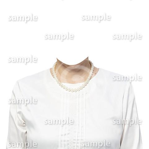 C109-遺影素材-女性白の着せ替え