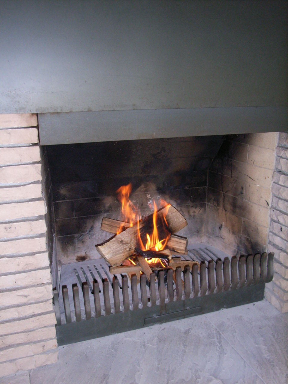 建築家木村俊介のつぶやき  住宅設計 暖炉の話 その3 住宅の暖炉設計とヨットの設計に不可欠なもの の共通点とは?コメント                木村俊介