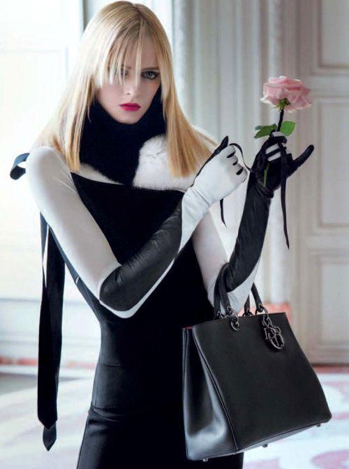 白と黒のデザインロング手袋