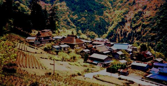 「この先、日本国憲法は通用せず」犬鳴村伝説。 | ザ ...
