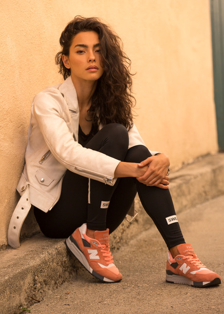 SWEAT THE LOOK PEACHES AND CREAM NEW BALANCE 998