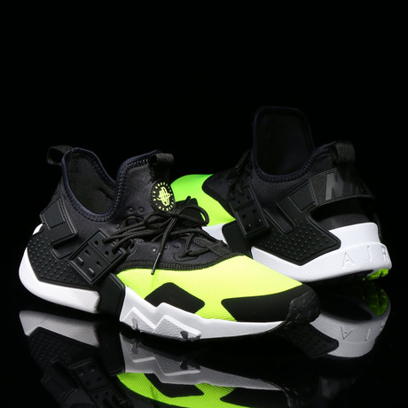 NIKE AIR HUARACHE DRIFT VOLT