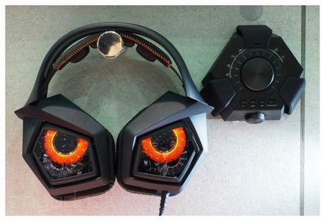 ASUS からフクロウ風デザインのStrix Pro ゲーミングヘッドセット、ノイズキャンセリング機能搭載