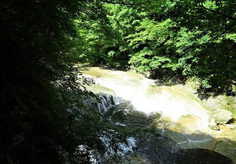 すだれ滝DSC05213