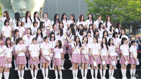 田中美久(身長151cm)が韓国アイドルと並んだ結果www