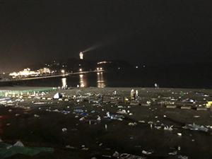 江ノ島花火大会後の海岸に世界が仰天!「これが日本人のマナーだ」