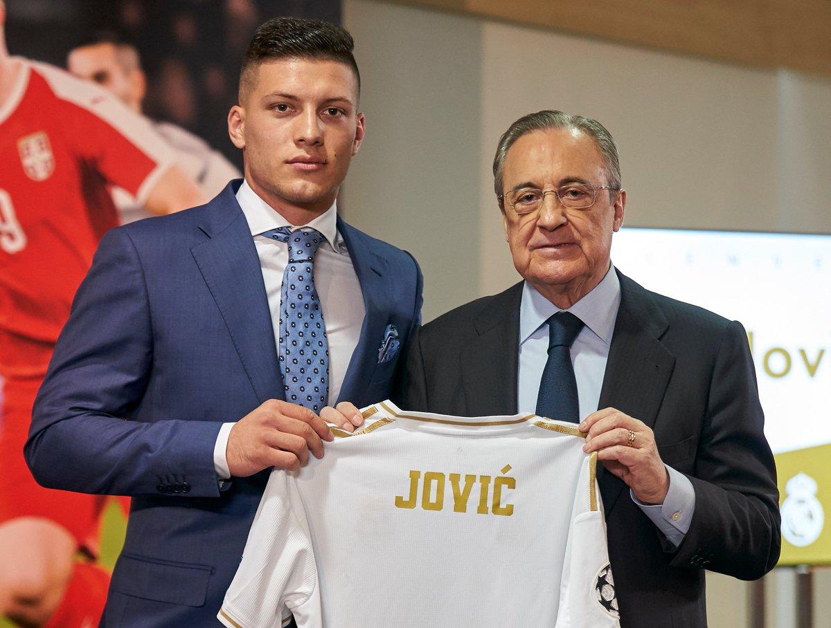 ヨーロッパ サッカー 移籍 情報