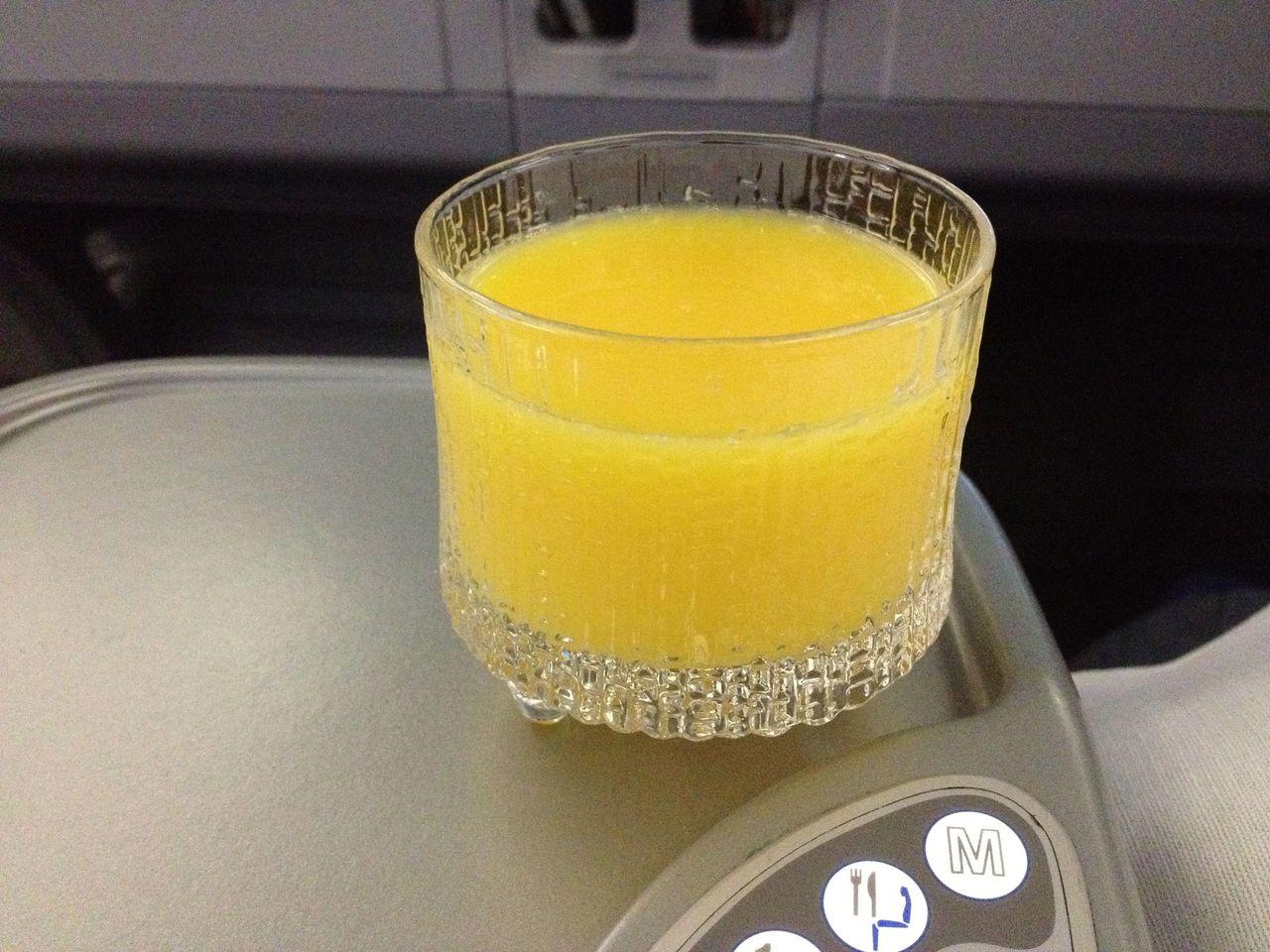 20120102機内食ジュース