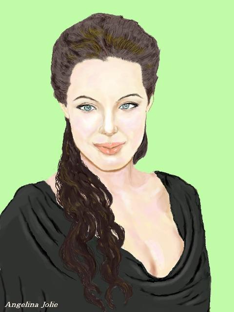 Angelina Jolie5