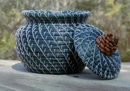 pine_needle_basket2
