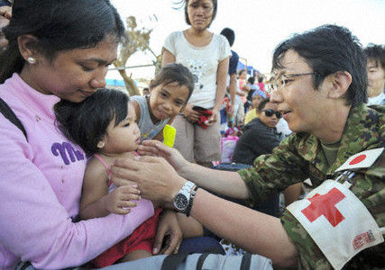 yolanda-tacloban-Japanese-Disaster-Relief-Team1