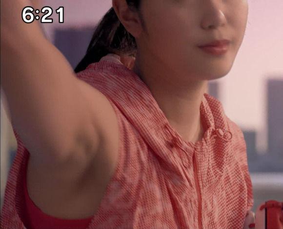 稲村亜美の鍛えられたムチムチボディはやっぱりええのう