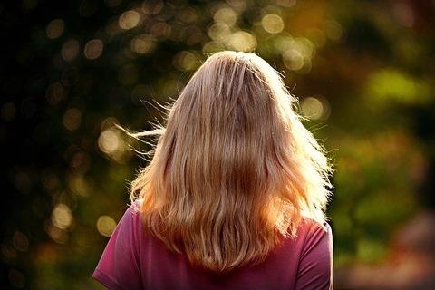 blonde-hair-3750010_640