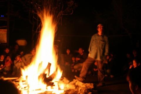 blog-キャンプファイヤー