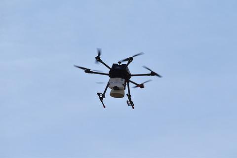 docomo-drone-beach_18