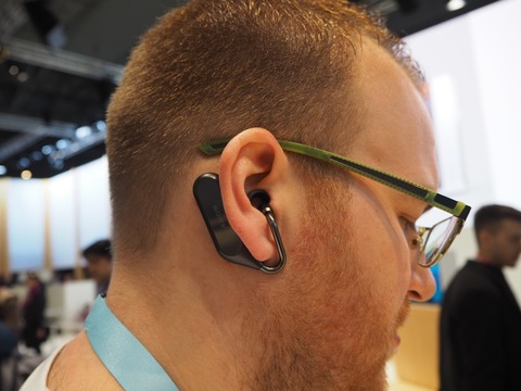 sony_xperia_ear_open_03