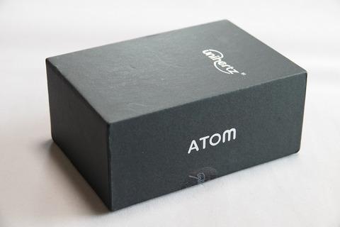 atom-004