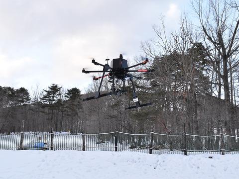 docomo-drone_10