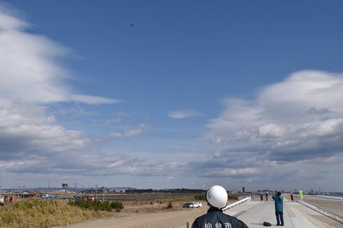 docomo-drone-beach_12