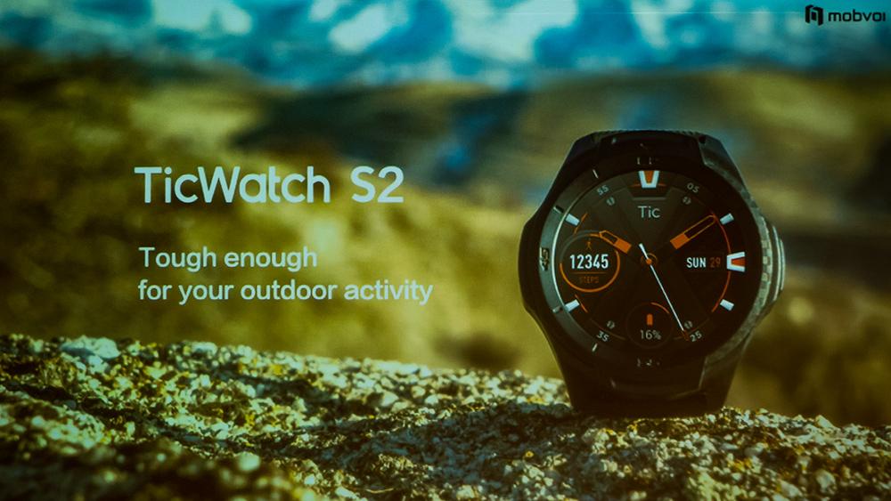 6d34691922 タフネス性能以外は両製品ともにベースとなる機能は共通で、独自アルゴリズム「TicMotion  AI」による運動や睡眠の24時間の監視(近日公開予定とのこと)や水泳モニター ...