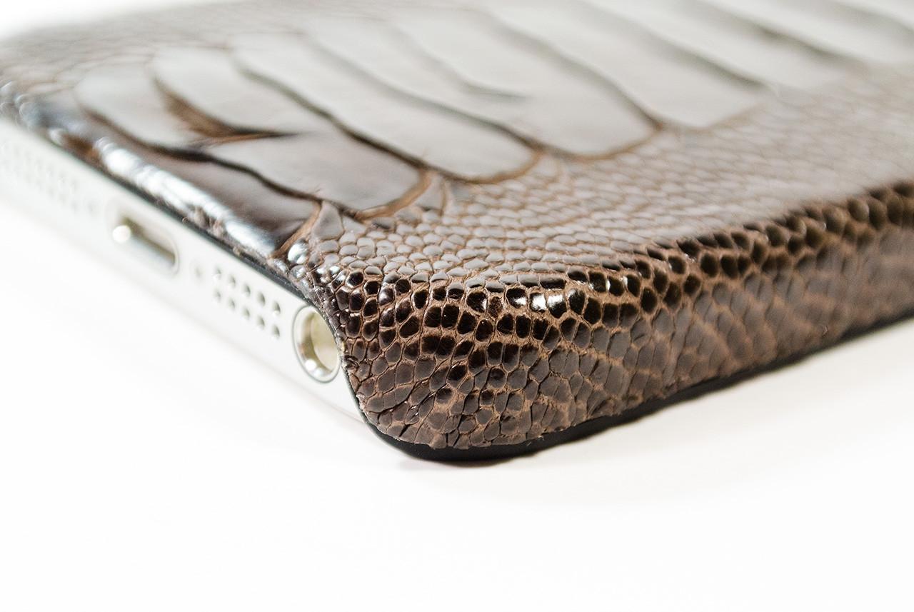 c6a932b52384 本物のダチョウケース!超高級&超インパクトなiPhoneケース「動物皮 ...