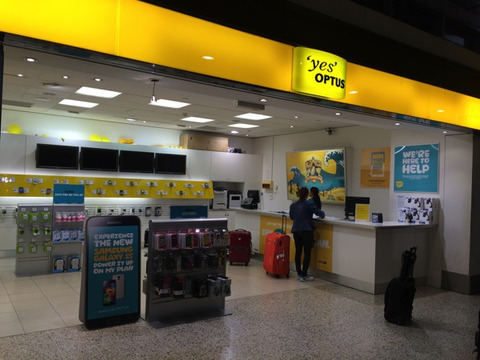 メルボルン国際空港 国際線ターミナルにあるOptusストア